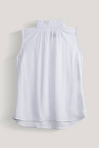 Oferta de Blusa Unicolor Cuello Alto Expressions por 25,98€