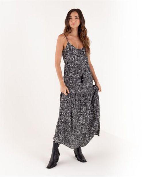 Oferta de Vestido largo para mujer negro de tiras full estampado por 219900€