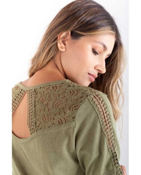 Oferta de Camiseta tejida para mujer Verde manga corta con encaje a tono por 149900€
