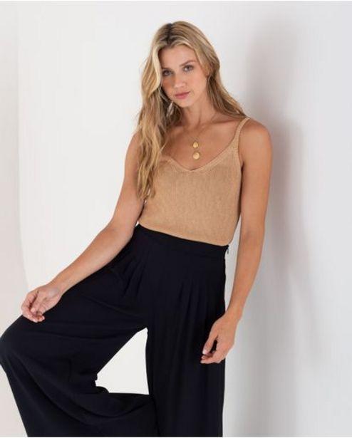Oferta de Camiseta tejida para mujer beige de tiras esencial por 139900€