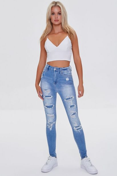 Oferta de Premium Distressed Curvy Jeans por 23€