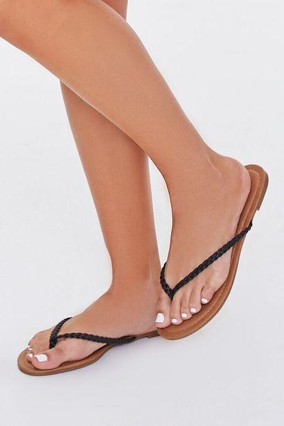Oferta de Braided Flat Sandals por 6€